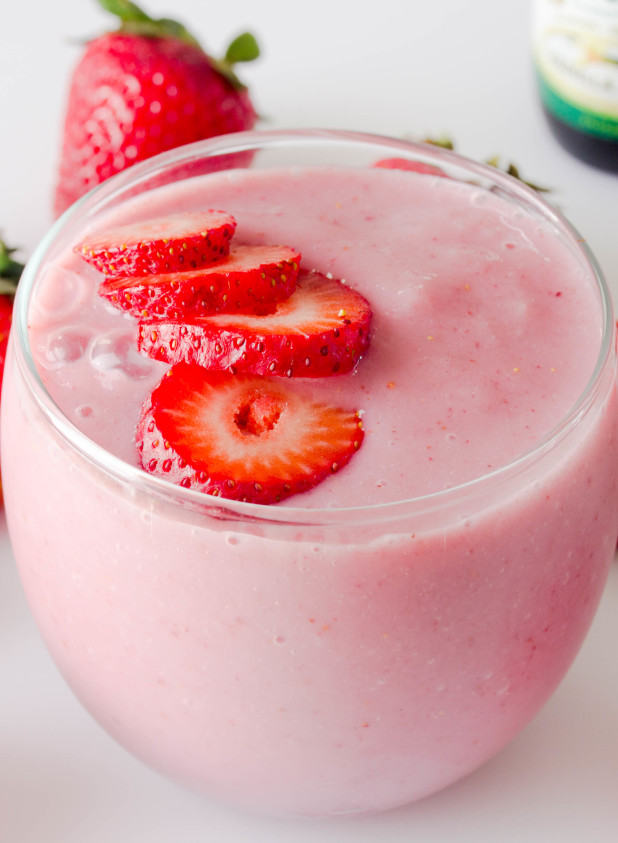 Strawberry Smoothie (Single Serving)